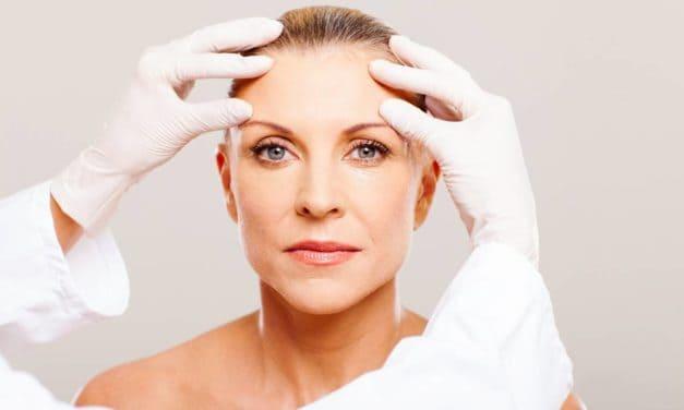 Chirurgie du visage: une pratique qui tend à se banaliser