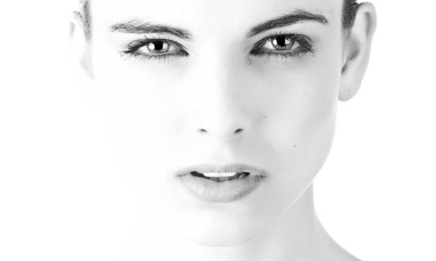 Avoir recours à la chirurgie du visage : pour ou contre ?