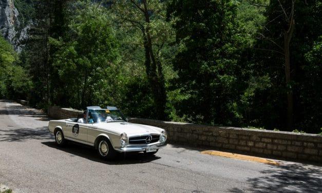 Pourquoi privilégier les plateformes pour louer une voiture de luxe ?