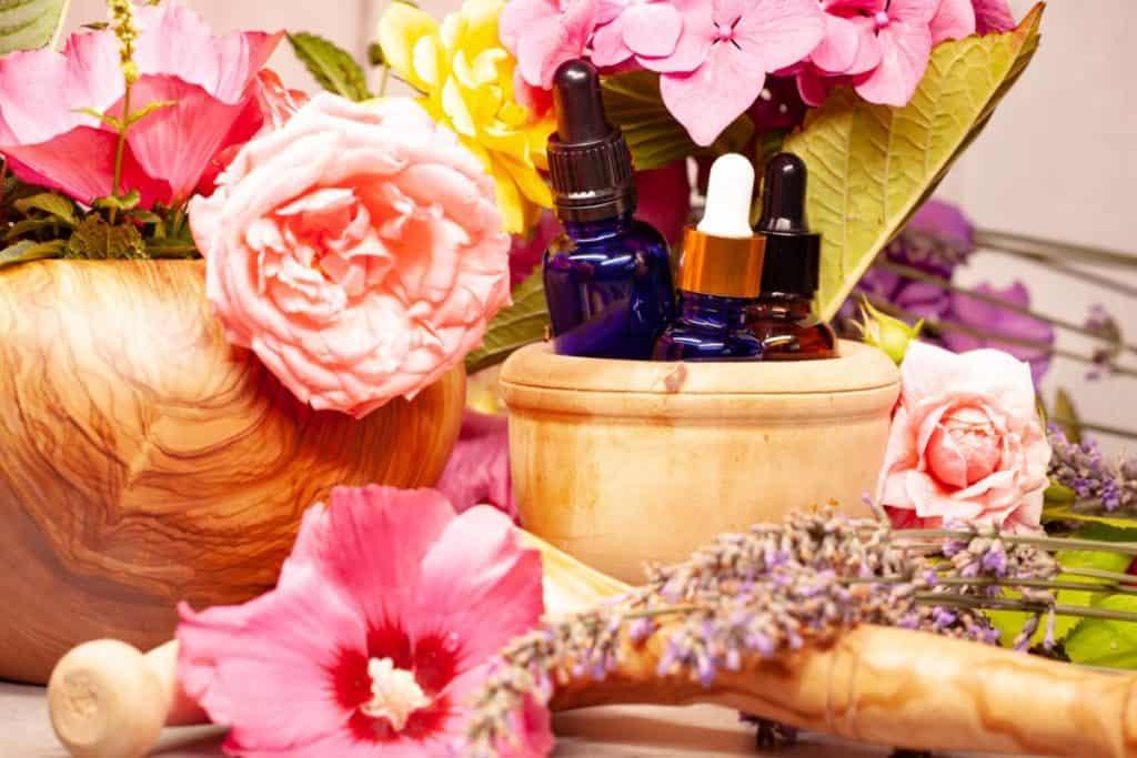 Eau florale pour la peau